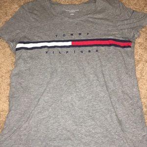 Grey Tommy Hilfiger T shirt
